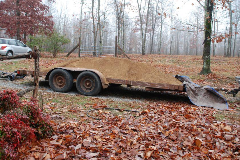 trailer-w-dirt